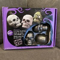 Wilton 3D Mini Skull Cake Pan Mold Halloween Skulls Day of the Dead 4 Skulls NOB