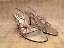 """LADIES SILVER LEATHER JEWELED SANDALS SIZE 5 SCHUH 3.5"""" HEEL"""