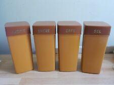 4 boîtes, pots à épices en plastique vintage