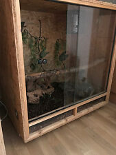 Holzterrarium 80x80x60 - inkl. Ausstattung