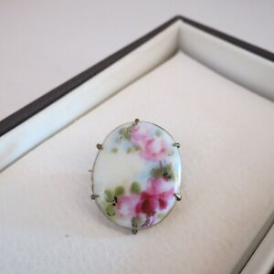 Antique hand painted brooch with pretty pink rose mounted on brass
