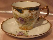 Magnifique tasse à café porcelaine Paris Limoges décor floral parme rehaussé or