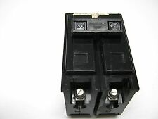 2 BR230 Lot: 5 BRYANT Circuit Breakers BD15-15 /& BR250 Plug 71430NP 30A