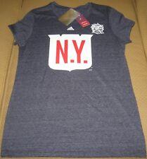 New ListingNew York Rangers Adidas 2018 Winter Classic Jersey Crest Logo T-Shirt  Women s XL 00dfebae3