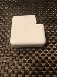 Genuine Apple 61W USB-C Power Adapter MacBook Pro Charger A1718 (UNTESTED)