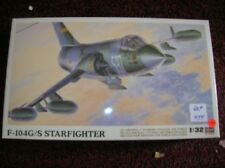 "HASAGAWA #8061 "" F104G/S STARFIGHTER  "" 1/32  LIST $ 60.00  LOT #13860"
