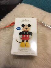 Hallmark Ornament: VINTAGE TIN MICKEY - Disney Mickey Mouse - Dated 2009