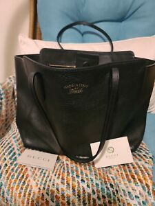 Gucci Large Black Swing Leather Tote