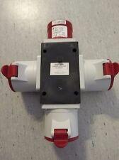 Mobiler-CEE-Verteiler ROP3253 1xCEE32 Stecker auf 3xCEE32 Kupplung 5-pol