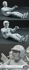1/12 STEVE McQUEEN SEATED + HELMET + SCARF for HIRO PORSCHE 917K 356 908/2