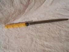 Ancien outil FUSIL A AIGUISER les couteaux en RODHOID marque Cast Steel