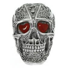 1Piece LED Heart Eyes Light-up Horror Skull Figurines with Glowing Red Crafted