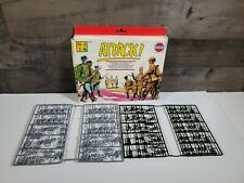 A-TOYS WWII WW2 GERMAN & RUSSIAN Infantry GREY & GRAY HO SCALE Soldiers ATTACK