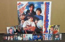 MONKEES 40 TIMELESS HITS SEALED 2 LP GATE FOLD IMPORT +  5 MONKEES TRADING CARDS