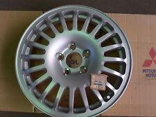 Llanta repuesto 3000GT -- MB892862 -- Spare wheel 3000GT.