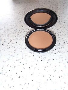 Thin Lizzy 6 in 1  PROFESSIONAL  PRESSED  POWDER - --DARK =NEW IN COMPACT ====