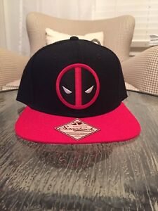 New Marvel BioWorld Deadpool Black Embriodered SnapBack Hat with Red Bill NWT
