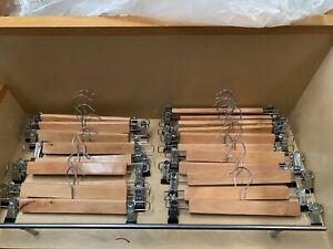 20x Wooden Clothes Hangers Coat Pant Suit Coat hangers Rack Wardrobe Wood Bulk