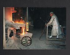 FRETEVAL 41 : FONDERIE / POCHE de COULEE , OUVRIER au travail en 1996