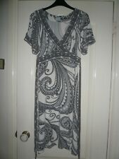 Oasis Size 10 Short Sleeve Print Dress with Sequin Bead Detail