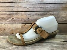 WESTIES 9.5M Brown Leather Open Toe Sandals Tiny Wedge Heels Shoes HONEY 13399