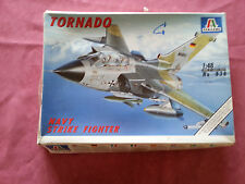 Maquette Italeri 1/48  Avion Tornado Navy Strike Fighter