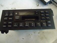 1998 CHRYSLER GRAND VOYAGER RADIO CASSETTE PLAYER CLOCK DISPLAY UNIT P04704345-G