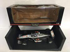 Paul's Model Art Minichamps F1 scala 1:18 McLAREN MP 4/13 M.HAKKINEN 530 981808