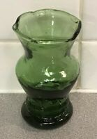 "Vintage 4""Green Glassware Hand Blown Art Glass Bud Vase Green Scalloped Design"