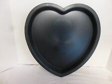 """14"""" x 13.5"""" x 1 1/2"""" Heart Mosaic Glass-Cement Stepping Stone Mold"""