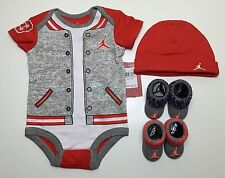 AIR JORDAN Baby GIRLS Bodysuit Romper, Booties & Cap 4 Pc Gift set 0-3 M GRAY