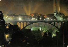 Luxembourg la nuit, Le Pont Adolphe, vallee Petrusse, Cathedrale illuminee