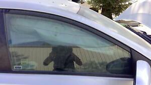 16 SCION IM Right RH Passenger Front Door Glass