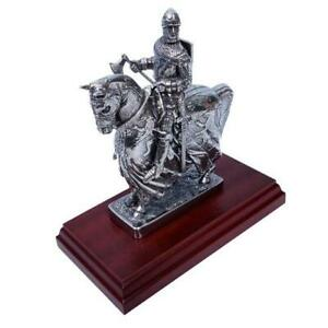 Robert the Bruce Pewter Figurine - Made in Scotland