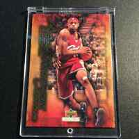 LEBRON JAMES 2003 UPPER DECK COLLECTIBLES #42 FRESHMAN SEASON GOLD FOIL ROOKIE