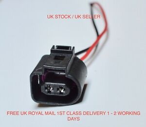 Scania P & R Series Sunvisor LED Marker Lamp Wiring Loom Connector ONLY
