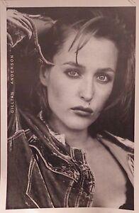 "TV POSTER~Gillian Anderson B/W X-Files Model Pose 23x35"" Dana Scully Full Size~"