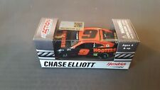 NASCAR 2020 CHASE ELLIOTT #9 HOOTERS 1/64 CAR IN HAND NIGHT OWL