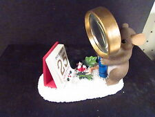 Charming Tails CHRISTMAS IS GETTING MUCH CLOSER 98/435 Mouse Magnifing Glass