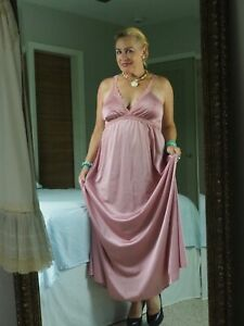 Vintage OLGA Long NightGown Mauve Rose Nylon Attractive & Sexy Sissy Size Large