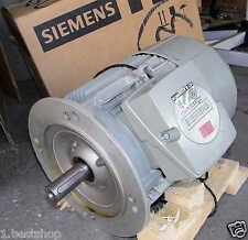 SIEMENS DREHSTROMMOTOR 3 PHASEN 4KW WECHSELSTROMMOTOR AC WELLEN MOTOR 1LE10011BA