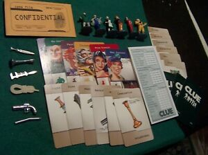 2002 CLUE BOARD GAME PIECES REPLACEMENT TOKENS WEAPONS CARDS PAWNS Standup
