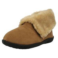38 Pantofole da donna beige