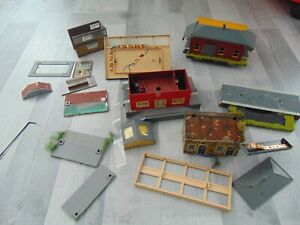 Model Railway ~ Box of bits for spares/repairs ~ OO Gauge  REF A029