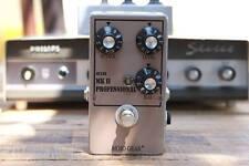 Mojo Gear Professional MkII Tone Bender replica with AC125 germanium transistors