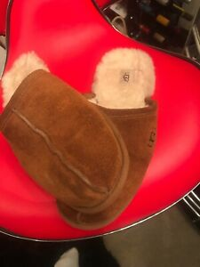 ugg mens slippers size 11 GENUINE