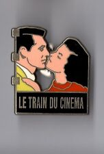 Pin's le train du cinéma (zamac signé Decat Paris)