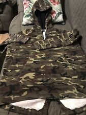 Men's Camouflage cotton blend hoodie  size Small Pre Owned Worn Once