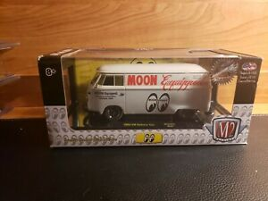2019 M2 Machines CHASE 1/24th 1960 VW Delivery Van Mooneyes 500 Pieces