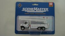 Walthers/Boley HO International 7600 Utility Truck w/Bucket MOW White #949-11753